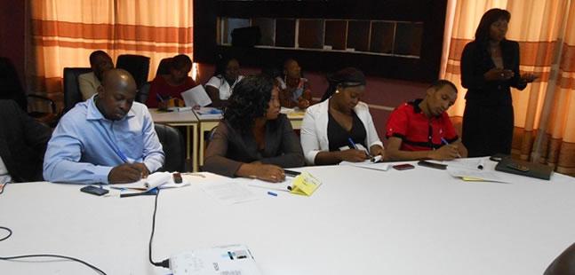 Exposé de présentation de la TNT Directrice Générale de la SBT, Kadidia Savadogo